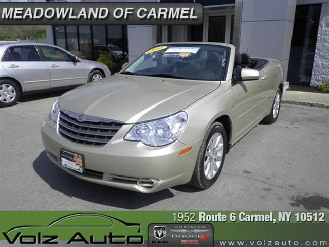 Image 10 of 2010 Chrysler Sebring…