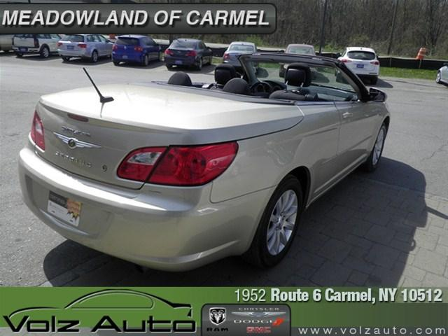 Image 44 of 2010 Chrysler Sebring…
