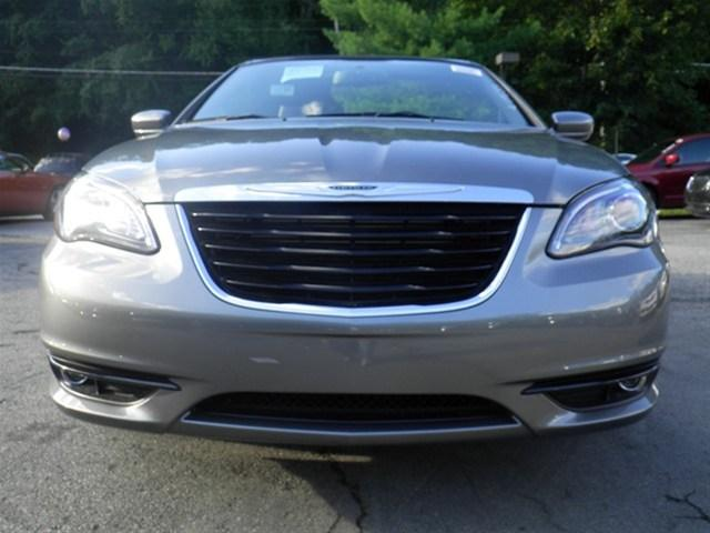 Image 31 of 2011 Chrysler 200 S…