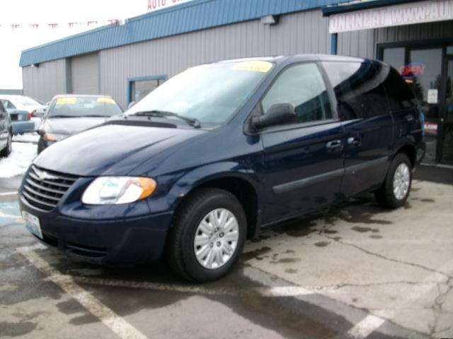 2005 Chrysler Town & Country - Spokane, WA