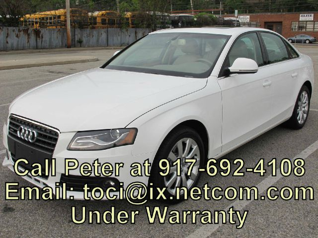 2009 AUDI A4  32000 miles VIN WAUSF78KX9A142740 22800