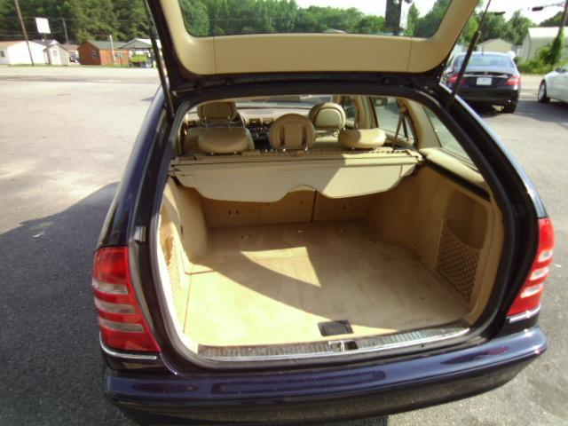 Image 17 of 2003 Mercedes-Benz C…