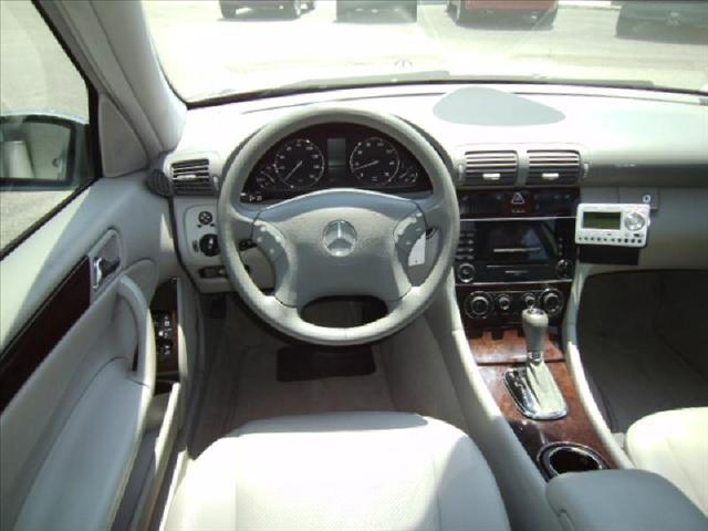Image 9 of 2005 Mercedes-Benz C…