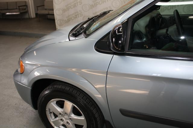 Image 5 of 2006 Dodge Caravan 6-Cylinder…
