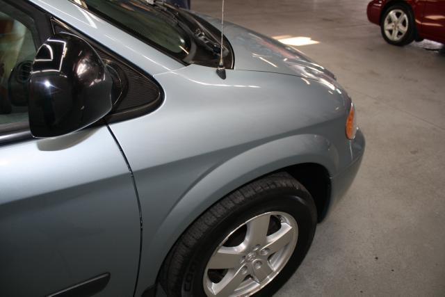 Image 8 of 2006 Dodge Caravan 6-Cylinder…