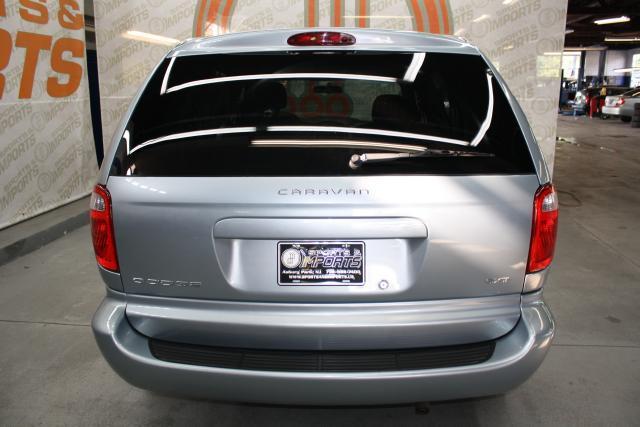 Image 18 of 2006 Dodge Caravan 6-Cylinder…