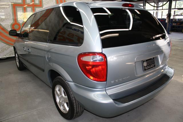 Image 19 of 2006 Dodge Caravan 6-Cylinder…