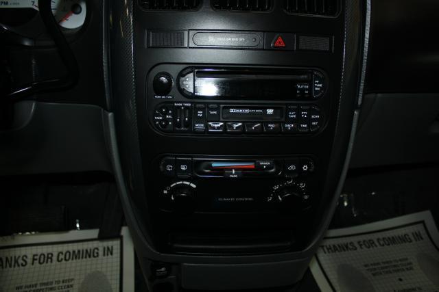 Image 25 of 2006 Dodge Caravan 6-Cylinder…