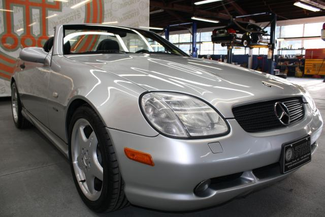 Image 21 of 1999 Mercedes-Benz SLK…