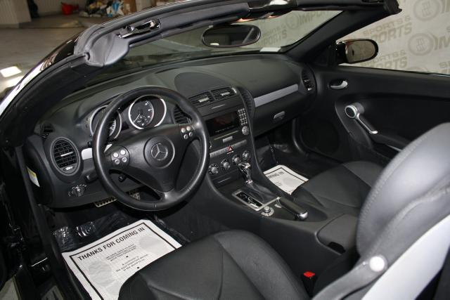 Image 3 of 2006 Mercedes-Benz SLK…