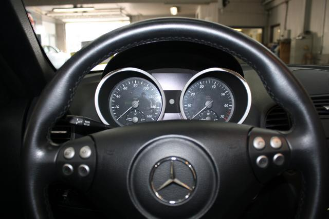 Image 5 of 2006 Mercedes-Benz SLK…