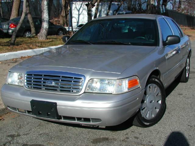 2006 ford crown vic 2 used cars for sale. Black Bedroom Furniture Sets. Home Design Ideas