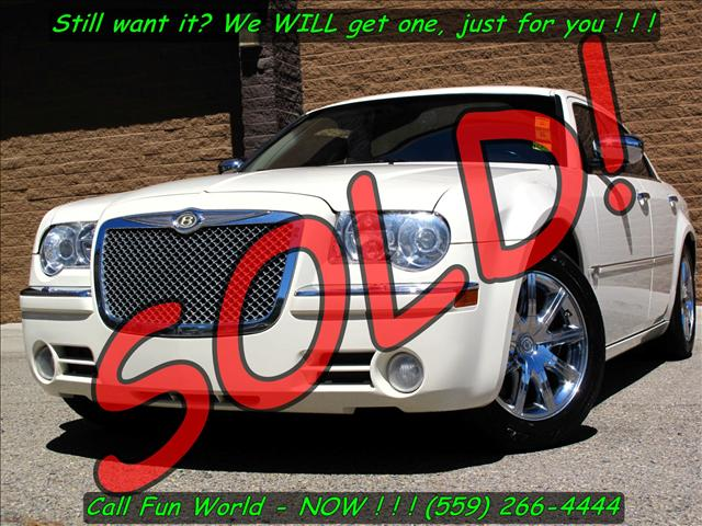 used 2006 chrysler 300c for sale 140 n abby st fresno ca 93701 used cars for sale. Black Bedroom Furniture Sets. Home Design Ideas