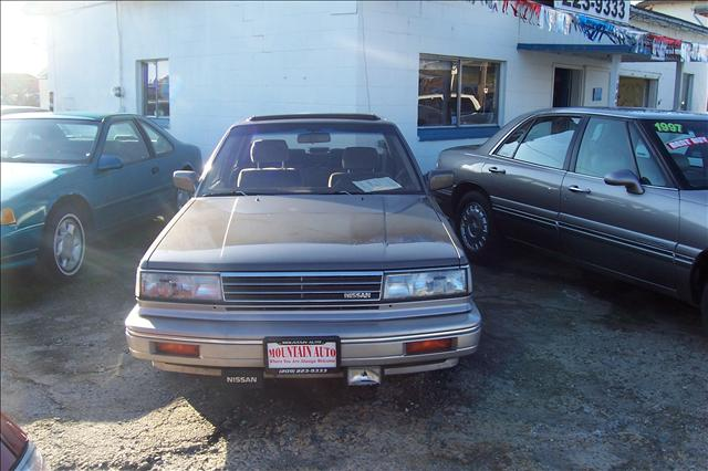 used 1987 nissan maxima for sale 10875 hwy 49 jackson ca 95642 used cars for sale. Black Bedroom Furniture Sets. Home Design Ideas