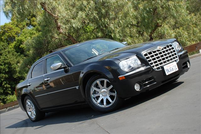 2006 Chrysler 300C HEMI - Hayward CA