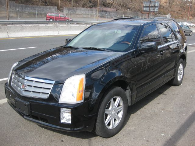 2004 Cadillac SRX