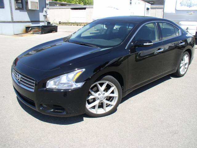 2009 nissan maxima sv sport used cars for sale. Black Bedroom Furniture Sets. Home Design Ideas