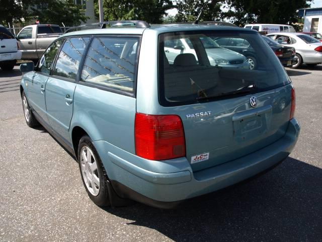 Image 18 of 1999 Volkswagen Passat…