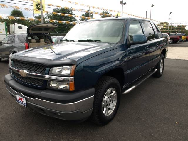 Image 1 of 2005 Chevrolet Avalanche…