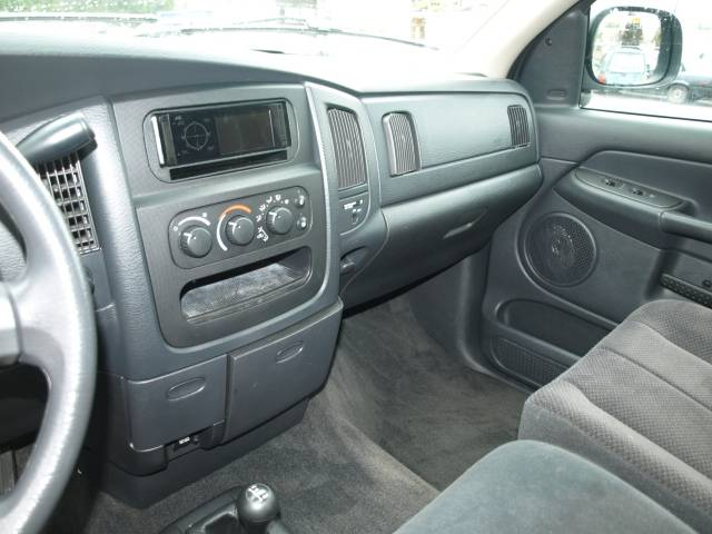 Image 2 of 2003 Dodge Ram SLT 8-Cylinder…
