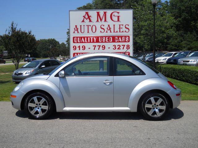 2006 Volkswagen New Beetle 2.5 (Stk #:0668)