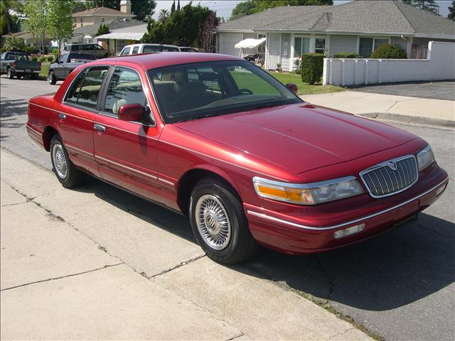 1997 mercury grand marquis gs cheap used cars for sale by owner. Black Bedroom Furniture Sets. Home Design Ideas
