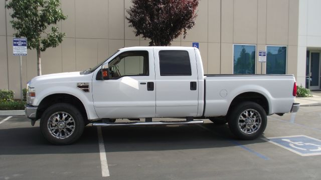 2008 FORD F250 LARIAT CREW CAB 4WD white 2008 ford f-250 crew cab short bed  64 liter turbo diese