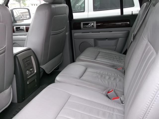 2006 Lincoln Navigator  - West Point NE