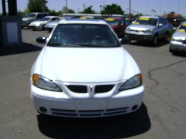 Pontiac Grand Am 2001 White. 2004 Pontiac Grand Am SE1 Mesa