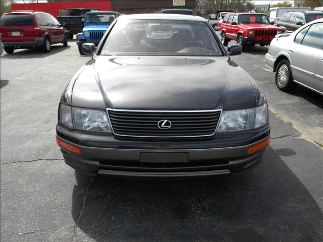 1995 lexus ls 400 174 main street 508 759 8060 buzzards. Black Bedroom Furniture Sets. Home Design Ideas