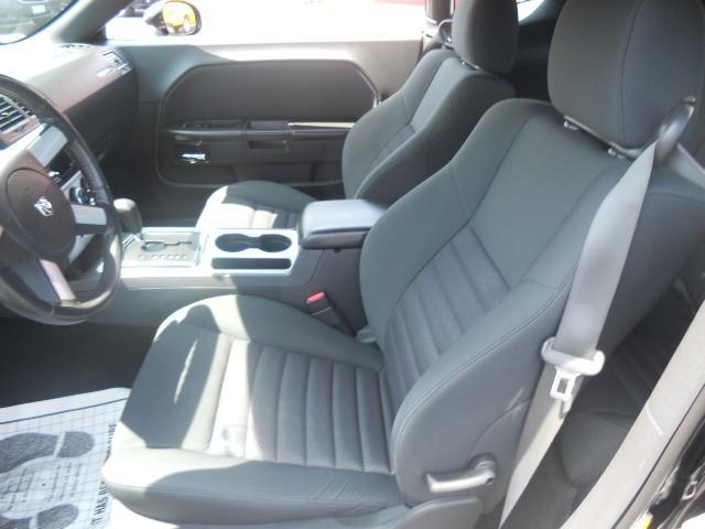 Image 2 of 2009 Dodge Challenger…