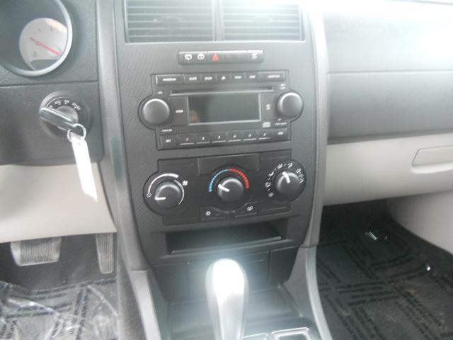 Image 6 of 2005 Dodge Magnum SE…