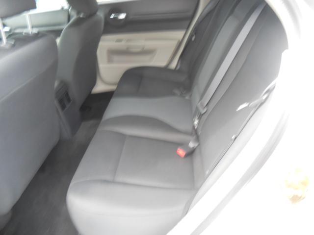 Image 15 of 2005 Dodge Magnum SE…