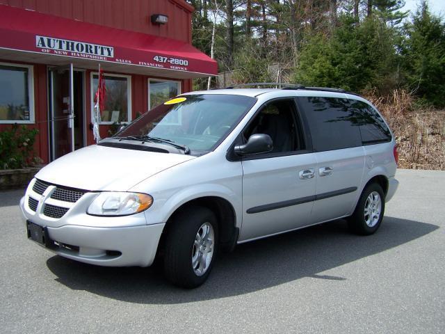 Image 1 of 2004 Dodge Caravan SXT…