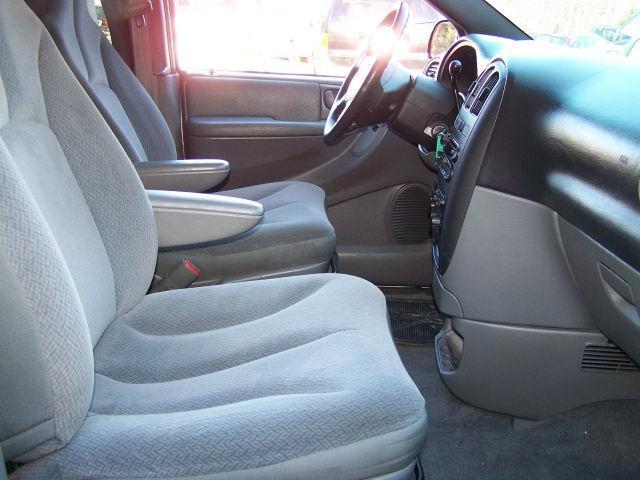 Image 3 of 2004 Dodge Caravan SXT…