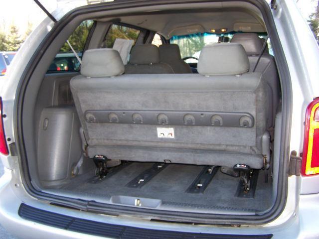 Image 6 of 2004 Dodge Caravan SXT…