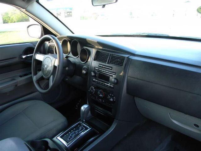 Image 8 of 2005 Dodge Magnum 4dr…
