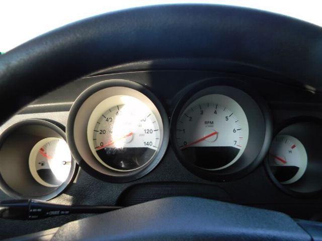 Image 11 of 2005 Dodge Magnum 4dr…