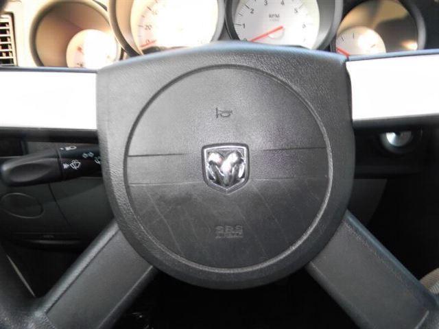 Image 13 of 2005 Dodge Magnum 4dr…