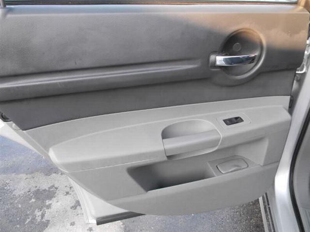 Image 16 of 2005 Dodge Magnum 4dr…