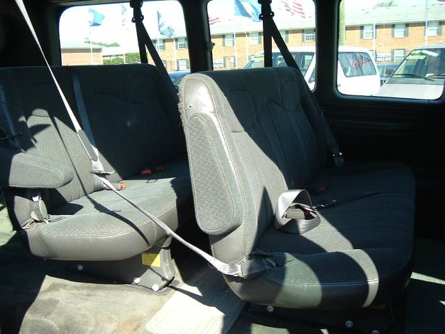 2002 Chevrolet Express 8 Passenger - Norfolk VA