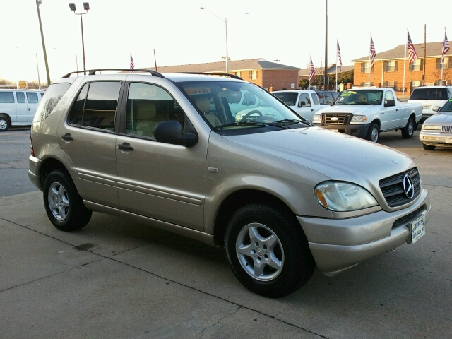 2001 Mercedes-Benz M-Class ML320 - Norfolk VA