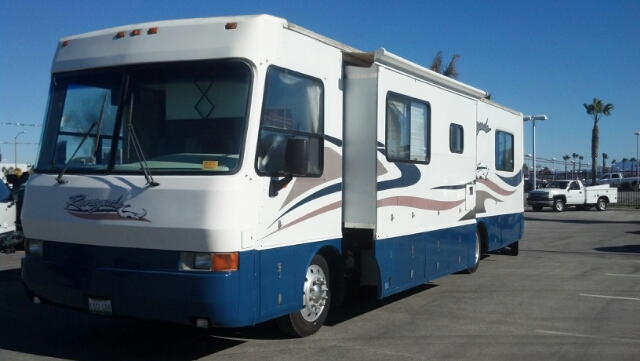1998 SAHARA RENEGADE unspecified this rv has 38811 miles a diesel engine for longer use clean  no 