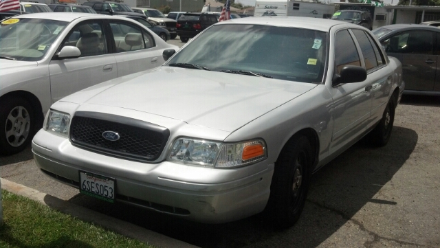 2008 FORD CROWN VICTORIA BASE silver have you ever wanted to have your own police car now you can