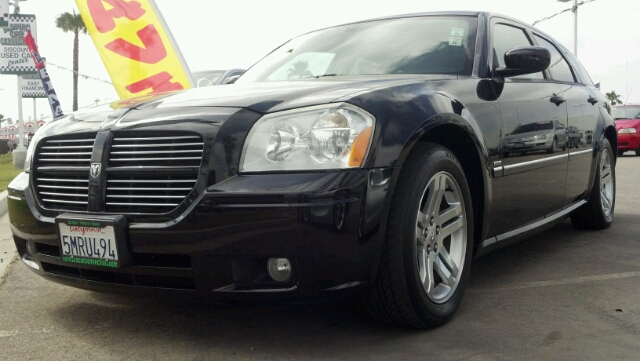 2005 DODGE MAGNUM RT black 2 wheel drive4 doorair conditioningalarmalloy wheelsamfm radioan