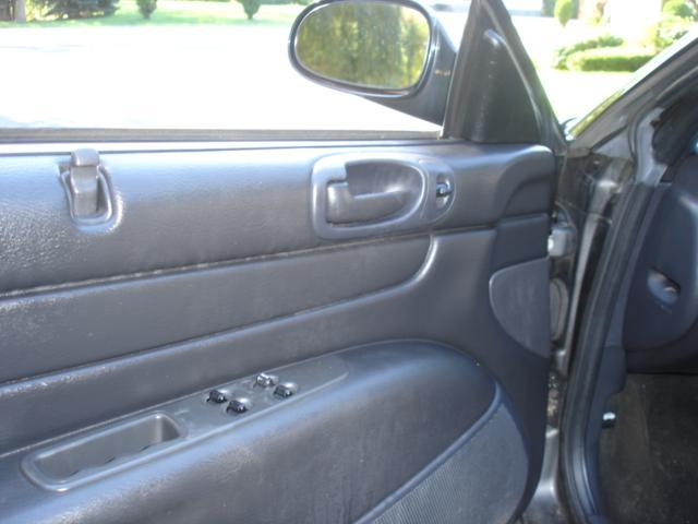 Image 27 of 2005 Chrysler Sebring…