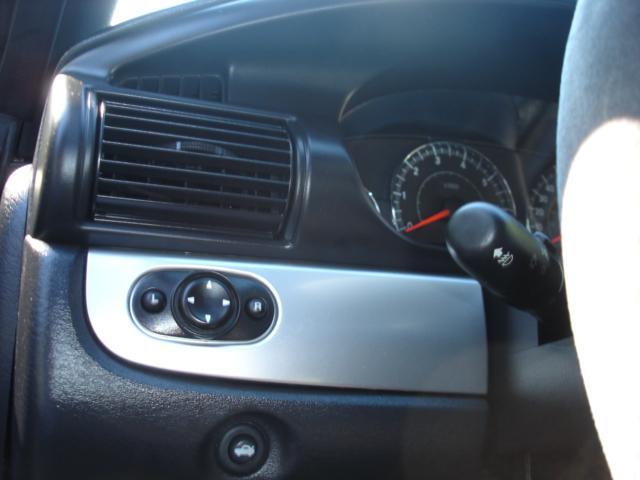 Image 31 of 2005 Chrysler Sebring…