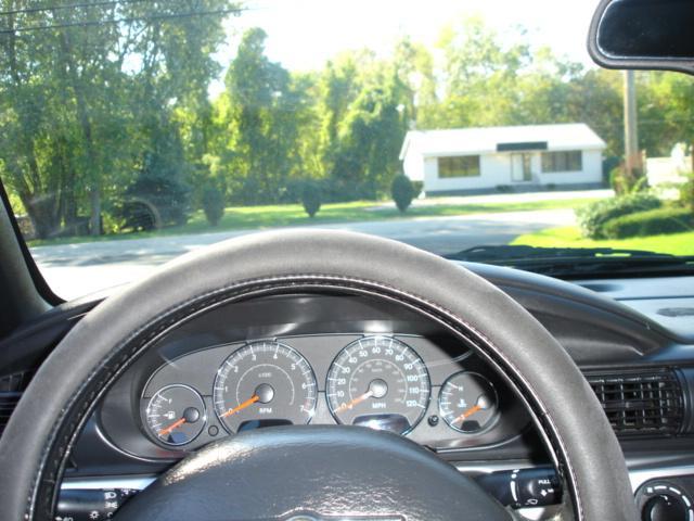 Image 32 of 2005 Chrysler Sebring…