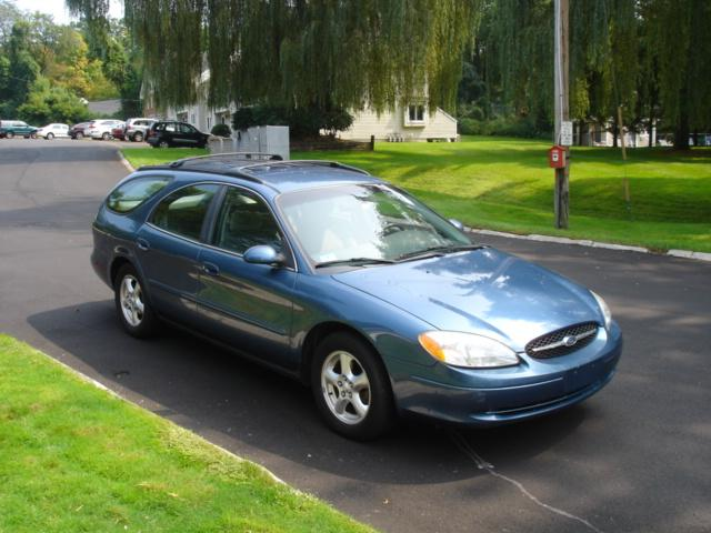 Image 14 of 2002 Ford Taurus SE…