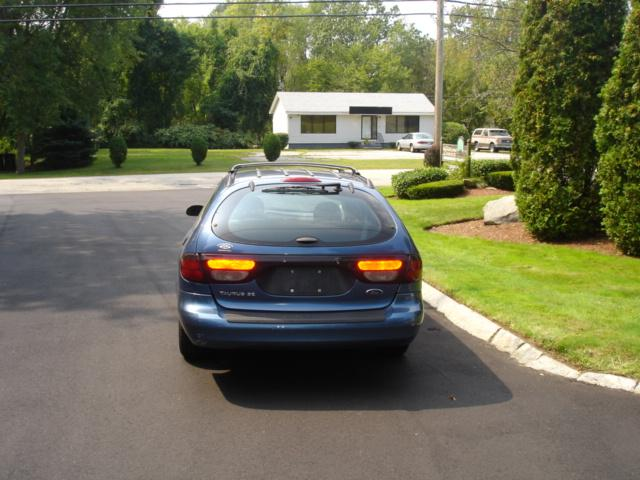 Image 16 of 2002 Ford Taurus SE…